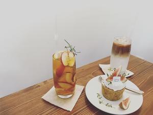 【韓国】ナチュラルなカフェ『January picnic』@誠信女子大駅 - サボリーマンOL、ほぼ1人で海外ふらふらした記