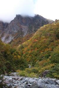 谷川岳の紅葉 ~一ノ倉沢(2)~ (2019/10/23撮影) - toshiさんのお気楽ブログ
