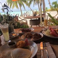 ボラカイ島最高ロケーションで朝食 - かなりんたび
