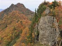 秋色の海谷三山と荒れた海谷渓谷(渓谷編)Mountain range of Umitani in Myōkō-Togakushi Renzan National Park - やっぱり自然が好き