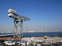 【桜木町駅前から新港埠頭の横浜ハンマーヘッドへの道のり】 - お散歩アルバム・・寒中の静寂