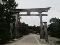富山にて白エビバーガーと富山ブラックを食べる会、結成☆ - 占い師 鈴木あろはのブログ