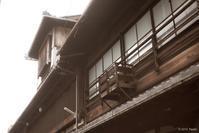オールドレンズで撮る町屋物語館1 - toshi の ならはまほろば