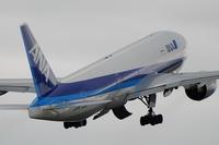 RW14のANA - まずは広島空港より宜しくです。