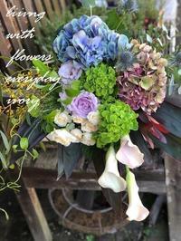 週末の花贈りから〜♬ -  Flower and cafe 花空間 ivory (アイボリー)