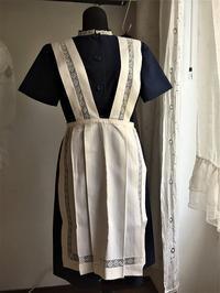 メイド用紺ワンピースとエプロン2種 - スペイン・バルセロナ・アンティーク gyu's shop