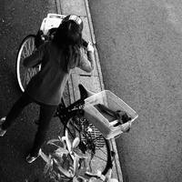 自転車 - モノクロ写真をアップする!