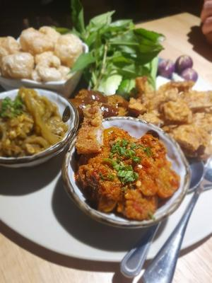 旅先ではほとんどしないレストラン選びを・・・ - メイフェの幸せ&美味しいいっぱい~in 台湾