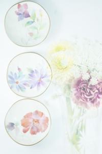 花柄のお皿の物撮り - 想い出