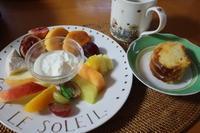 カットフルーツ朝食 - 二つの台所