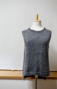 出来上がりました。オーダー品暖かベスト婦人用 - Crochet Atelier momhands