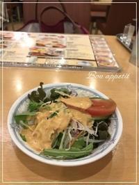 『DIWALI(ディワリ)』でほうれん草カレーランチ@大阪/北浜 - Bon appetit!