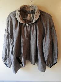早川ユミさんみつばちぶらうすジャケット(リトアニア麻グレーストライプ) - 器ギャラリー あ・でゅまん