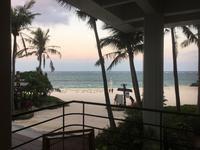 ムーンビーチの朝2019/10/11(金) - 根無し草の旅はつづく