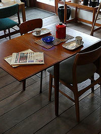 Extention Dining table - hails blog