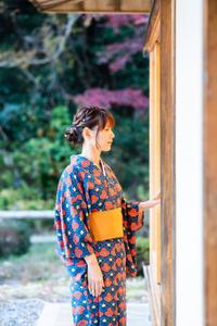 東山動植物園紅葉ライトアップ2019~演奏編~ - 愛知・名古屋を中心に活動する女性ギタリストせきともこのブログ
