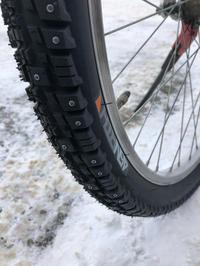 自転車用スパイクタイヤですよ〜 - みやたサイクル自転車屋日記