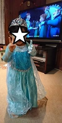 410.アナ雪のエルサのドレス - フリルの子供服