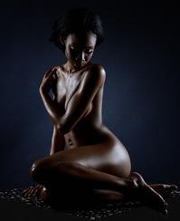 美しいポージングとは?⑫ - José Ishiguroの前衛芸術
