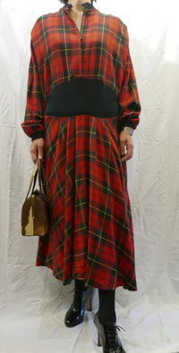 UK Check dress - carboots