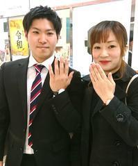 シンプルで飽きの来ないリングに即決!! - ☆ジュエルMORIWAKI☆スタッフブログ*☆ 。*:゜☆ヽ(*'∀'*)/☆゜:。*。