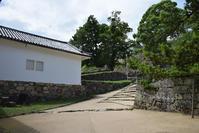国宝・彦根城を歩く。その3<太鼓丸~太鼓門櫓~本丸> - 坂の上のサインボード