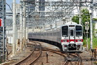 東武30000系 下板橋駅にて - 東京鉄道写真局