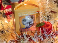 クリスマスツリーのシーズン・・今年はコアラ・カンガルーも参加! - 十勝・中札内村「森の中の日記」~café&宿カンタベリー~