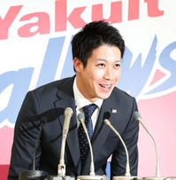 球団初の5億円プレイヤー - ファン歴47年 神宮の杜