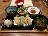 【献立】野菜の天ぷら、茄子と厚揚げと長ねぎの味噌煮、ブロッコリーとトマトのサラダ、わかめと長ねぎのお味噌汁 - kajuの■今日のお料理・簡単レシピ■