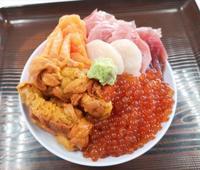 18きっぷで青森旅行してきたよ。浅虫温泉鶴亀屋食堂のスペシャル海鮮丼 - 腹ペコ旅行記
