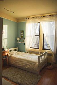 長女の部屋にカーテンを取り付け模様替え - NY/Brooklynの空の下