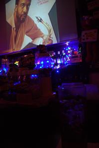 栄町の夜は懐かしのジュークボックス - 京都ときどき沖縄ところにより気まぐれ