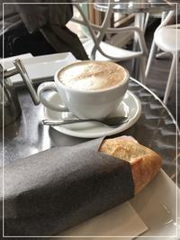 French Cafe で朝食 - カナディアンロッキーで暮らす
