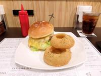 DOUGS' BURGER名古屋店(池下) - avo-burgers ー アボバーガーズ ー