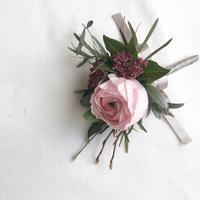庭つなぐ暮らしvol.1「庭の植物でつくるコサージュ」 - 暮らしと植物のブログ