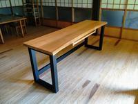 山桜の耳付きデスク - woodworks 季の木  日々を愉しむ無垢の家具と小物