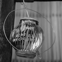 空き缶のオブジェ - モノクロ写真をアップする!