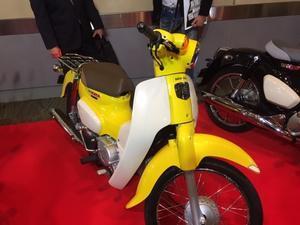 バイクの横輪