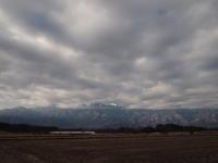 雲の隙間に - 八ヶ岳 革 ときどき くるみ
