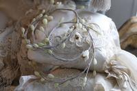 久しぶりに樹脂粘土でワックスフラワー風ガーランドつくり。 - フレンチシックな家作り。Le petit chateau