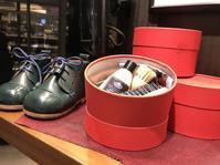今年はさらにパワーアップ - シューケアマイスター靴磨き工房 銀座三越店