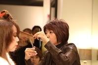 vol.122「山本あつ子の仕事」 - Monthly Live    営業後の美容室での美容師による単独ライブ