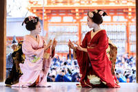 祇園さんの節分祭・奉納舞踊(先斗町・秀華乃さん、秀眞衣さん) - 花景色-K.W.C. PhotoBlog