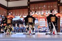 祇園さんの節分祭奉納舞踊(宮川町とし七菜さん、とし菜実さん、ふく友梨さん、君萌さん) - 花景色-K.W.C. PhotoBlog
