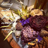〜お知らせです〜♬ ◉2月11日(火)は 祝日ですから IVORY営業日です。 -  Flower and cafe 花空間 ivory (アイボリー)