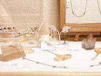 展示会のシャンパントパーズエリア - natural essence : EKO PROJECT