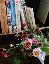赤の色合い✨そしていよいよ桜 - Bouquets_ryoko