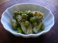グリーンピースとジャガイモのジェノベーゼ和え - LEAFLabo