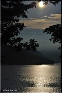 湖を照らす - 北海道photo一撮り旅